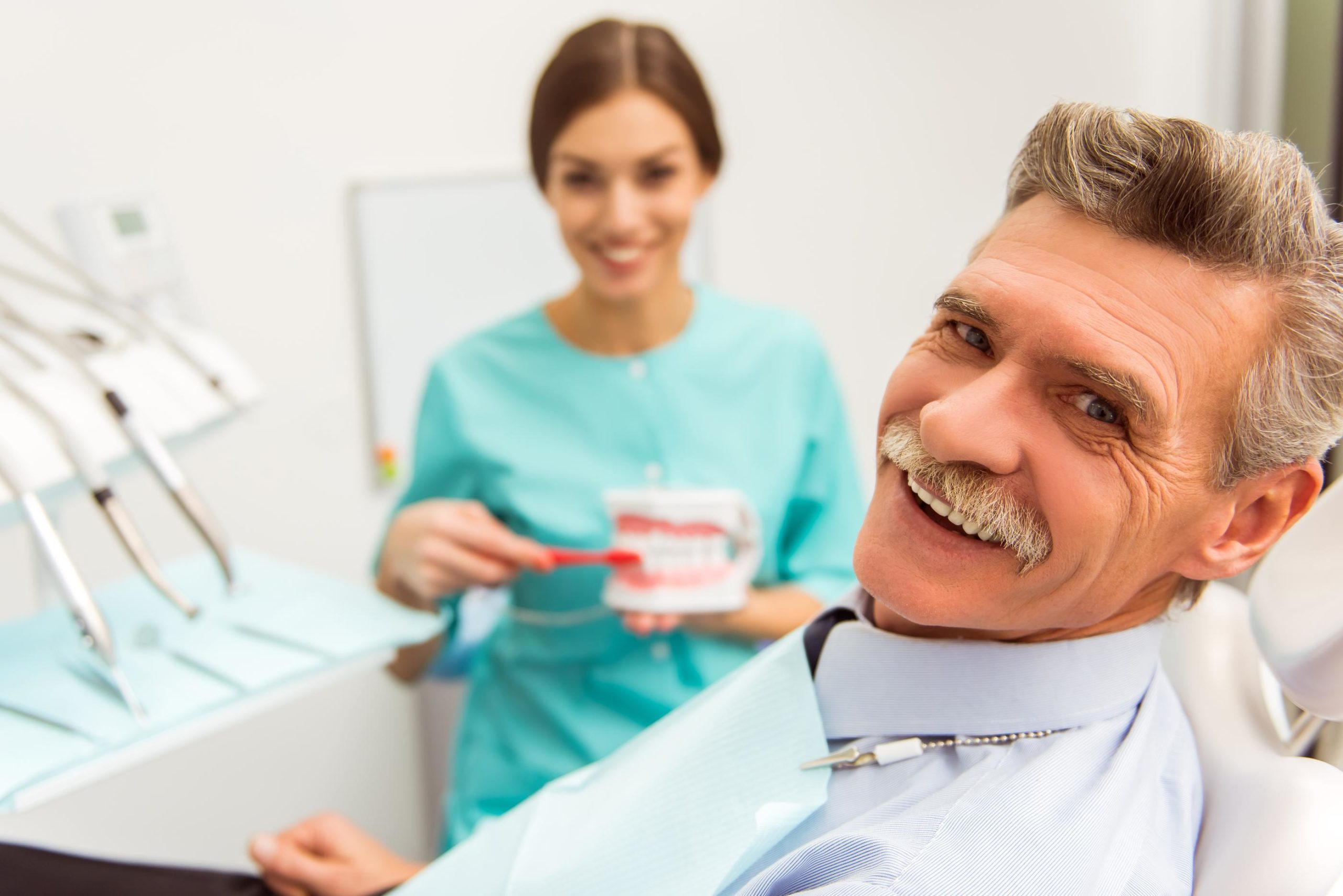 Affordable Dentures compared to Aspen Dental featured image